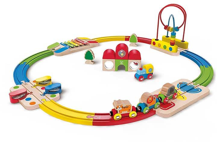 Holzeisenbahn für Babys