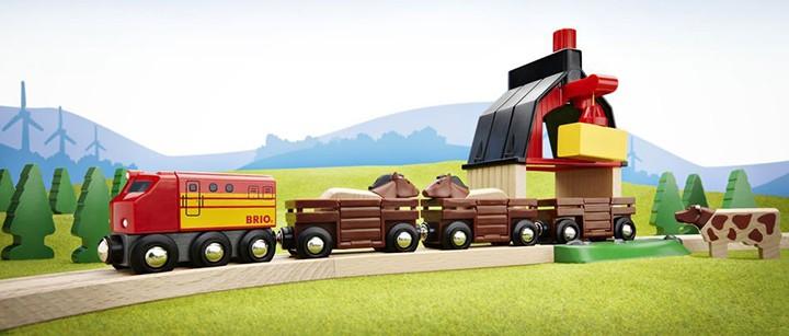 Holzeisenbahn Bauernhof
