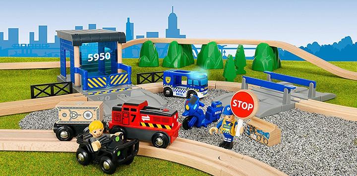 Holzeisenbahn Polizei