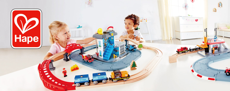 Hape Eisenbahn aus Holz